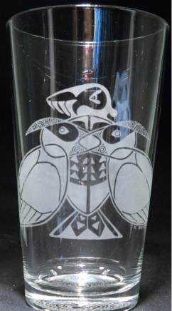 Cut-out Puffin by Kristin Koiv on 16 oz. glass